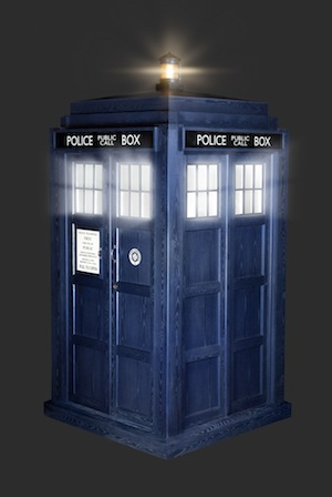 430335-low_res-doctor-who TARDIS.jpg