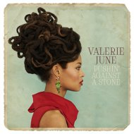 Valerie_June_550