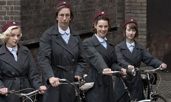 the lives of midwives in poor east side of london in call the midwife a medical drama series I'm not going to let call the midwife scam me anymore  of life in the east end of london i can only suggest you take a trip to another impoverished area like it .
